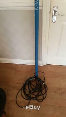 35 foot hybrid water fed pole window cleaning