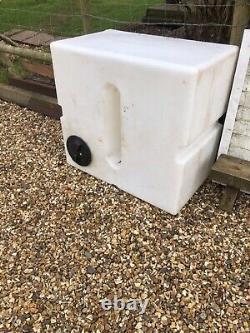 450 litre baffled water tank, flat, natural
