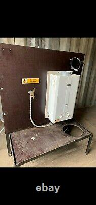 Baffled water tank with boiler