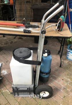 STREAMLINE WINDOW CLEANING TROLLEY for water fed pole system