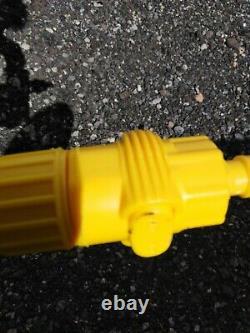 Stock of Telescopic Aluminium Water Fed Brushes for Window Car Van Wash etc