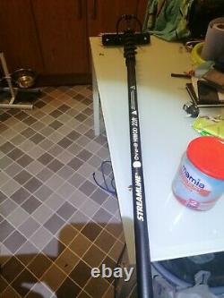 Streamline Ova8 Hi Mod Water fed pole hardly used still have receipt with