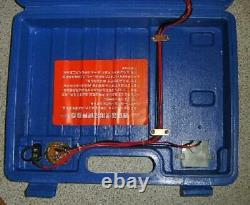 Window cleaning water fed pole pump box with charger