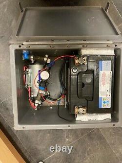 Boîte De Génie De L'eau, Pompe Sureflo 100psi, Contrôleur De Débit Numérique, Nouvelle Batterie 12v