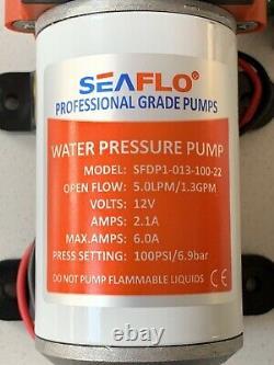 Pompe Et Contrôleur De Poteau Alimentés Par L'eau Sur La Planche Arrière/nettoyage De Fenêtre/softwash/pompe