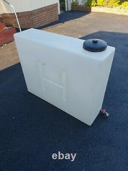 Réservoir D'eau, 400 Litres, Valeting Mobile / Nettoyage Des Vitres. Seulement Pure Dans L'eau À L'intérieur
