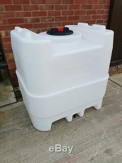 Réservoir D'eau 500ltr. Idéal Pour Les Systèmes De Nettoyage De Vitres