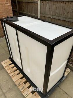 Réservoir D'eau De 650 Litres Avec Nettoyage De Fenêtre De Cadre