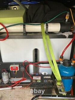 Système De Nettoyage Des Fenêtres D'eau Pure