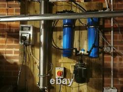 Système Pur De Nettoyage De Fenêtre D'eau