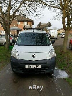Van Maxi Renault Kangoo Avec De L'eau Alimentée Système De Nettoyage De Fenêtre Poteau