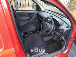 Vauxhall Combo 1.7di 2003 Pur Nettoyage Fenêtre Eau Van