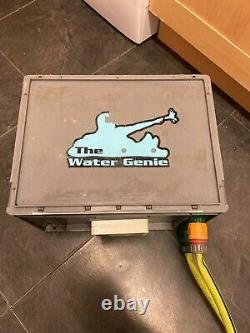 Water Genie Box, Sureflo Pump 100psi, Digital Flow Controller, Nouvelle Batterie 12v